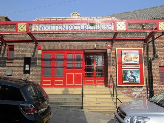 ‪Woolton Picture House‬