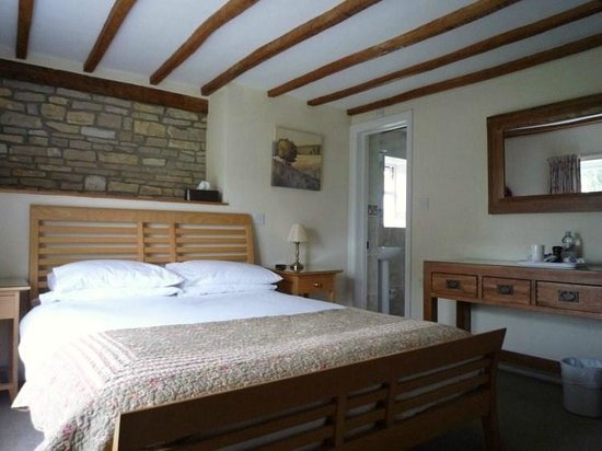Redlands Farm Bed & Breakfast: Lie in bed and look at the view !