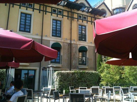 Sercotel Villa de Laguardia Hotel: Terraza El Villa