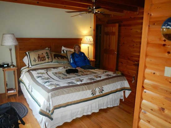 Glade Valley Bed and Breakfast : Denali Room
