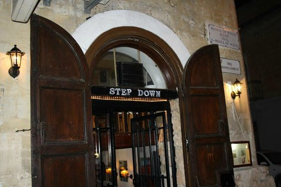 ‪Step Down Bar‬