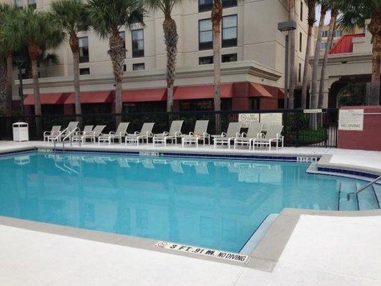 Hampton Inn Orlando International Drive/Convention Center: Pool Area