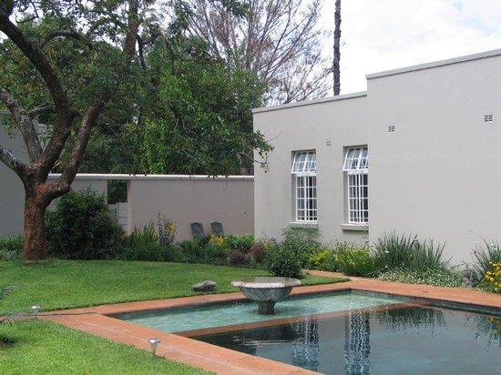 Wavell House : Pool