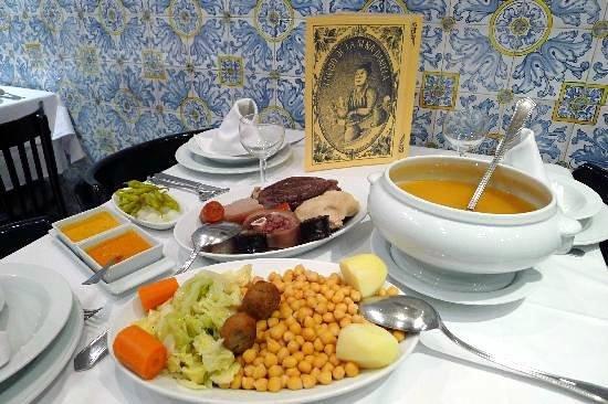 Taberna de la Daniela Goya : Cocido de tres vuelcos