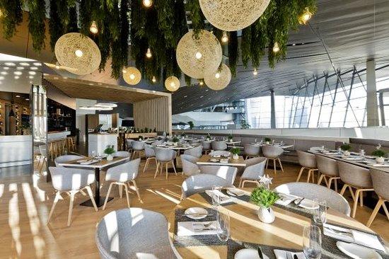 Bavarie. Brasserie in der BMW Welt