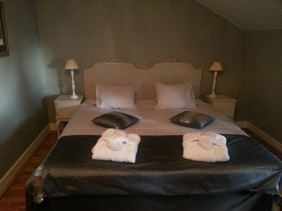 Scandic Gamla Stan: Romantic bed