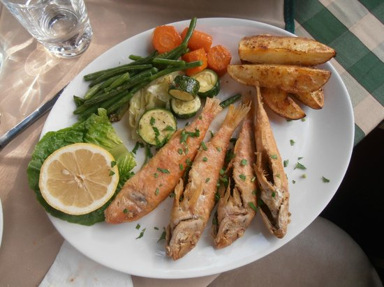 Nama Tavern Restaurant : Fried Red Mullet