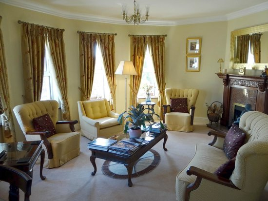 Brook Manor Lodge: Sitting room