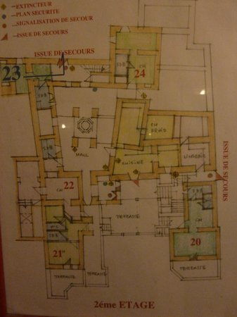 Dar Daif : Overview of the Kasbah (Yes, it's a hand-drawn evacuation plan!)