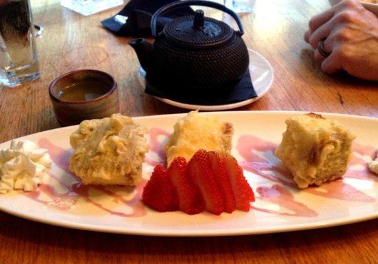 Haru Broadway : Cheese Cake tempura (lovely)