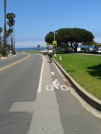 ‪Cabrillo Bike Path‬