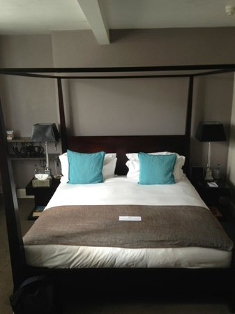 Kemp Townhouse : comfortable Big Bed