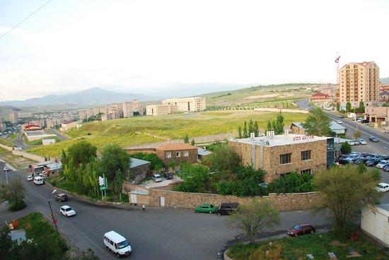Armenia Hostel: View from cafeteria