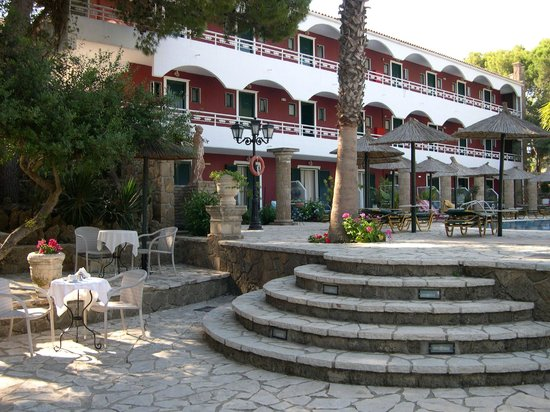 Vasilikos Beach Hotel: Ours was on the first floor, very nice