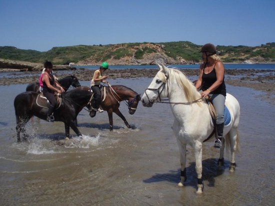 Sant Climent, Испания: Riding on the beach