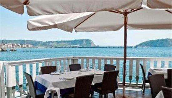 In terrazza sul mare - Foto di Ristorante Pizzeria \'a Terrazza ...