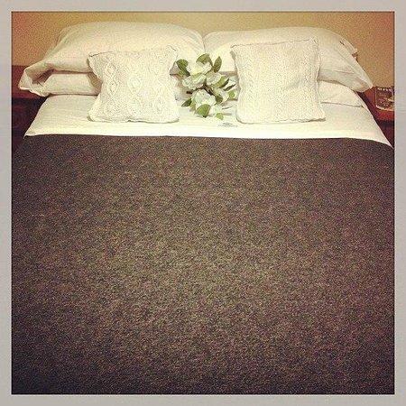 Cordoba Inn Apart Hotel: Bed time!