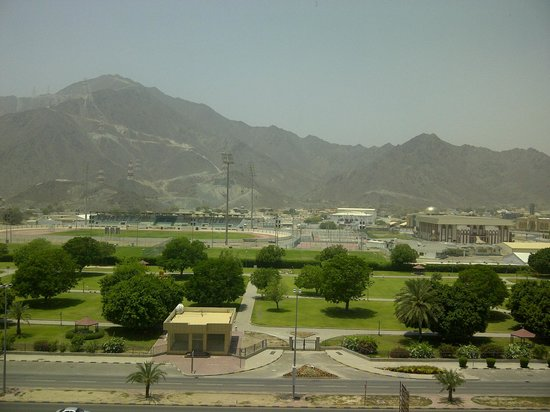 Oceanic Khorfakkan Resort & Spa: Mountain view