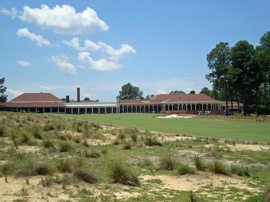 The Carolina Hotel - Pinehurst Resort: No.2 - 18th hole