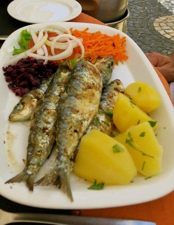 Casinha do Petisco: Fresh sardines