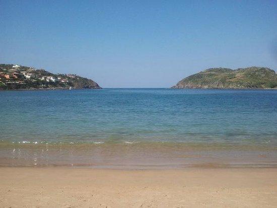 Ferradura Resort: Praia da Ferradura