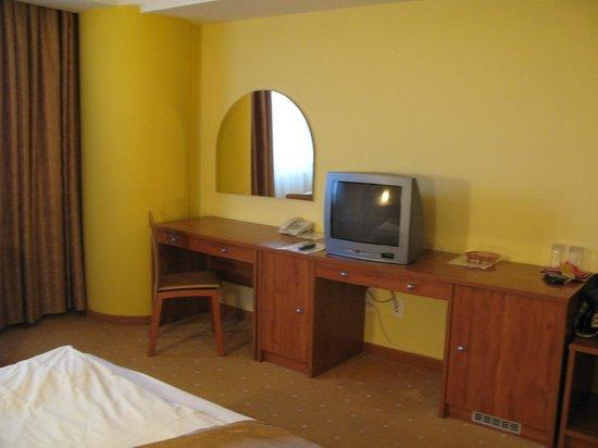 Parc Hotel: Room 213