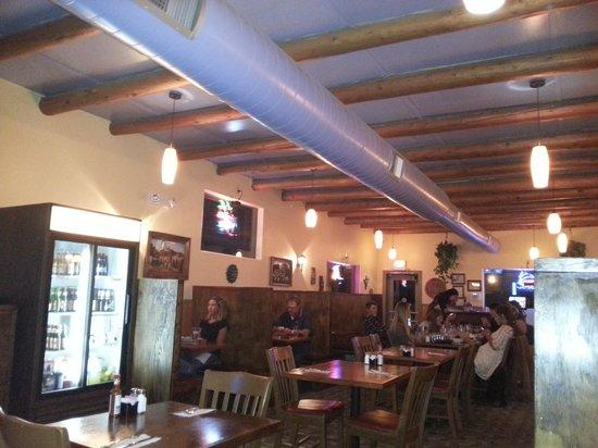 Azteca Mexican Restaurant: d adentro ,