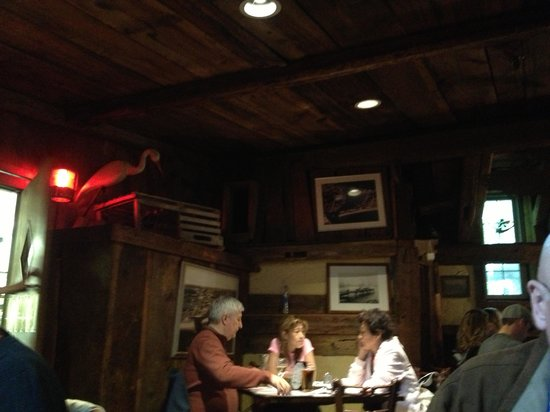 Quarterdeck Restaurant : inside 3