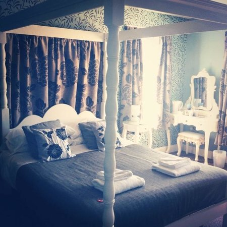 Wyndgrove House: Gorgeous room 6 :)