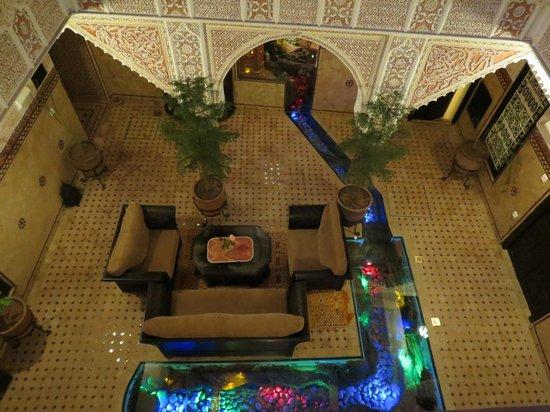 Riad - Hotel Marraplace: La cour intérieure bas
