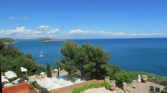 Hotel Il Pellicano: a view from our room