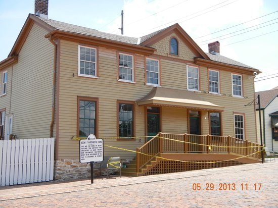 Mark Twain Boyhood Home and Museum: Becky Thatcher house (opening soon)