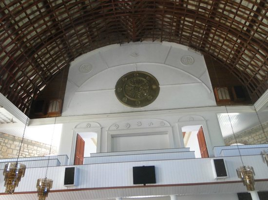 St. Peter's Church : Lofty ceiling