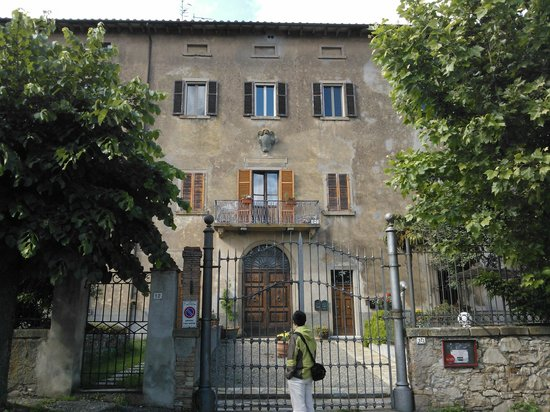 La Fattoria di Tatti: the building