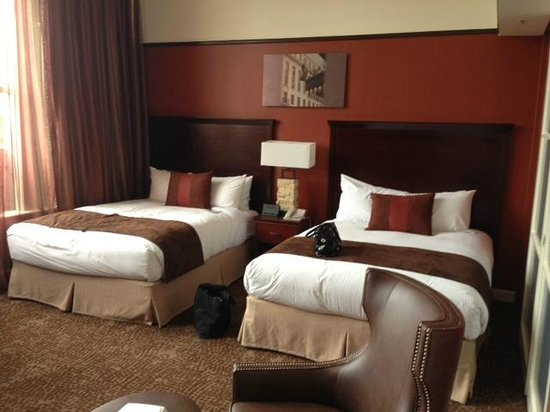 The Emily Morgan Hotel - a DoubleTree by Hilton: 2 queen beds