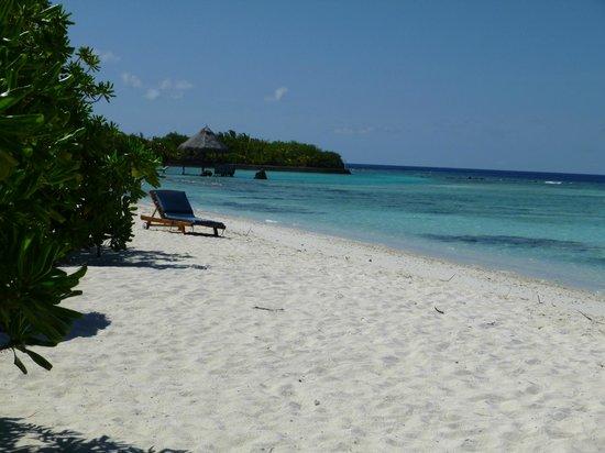 Filitheyo Island Resort: Plage sud