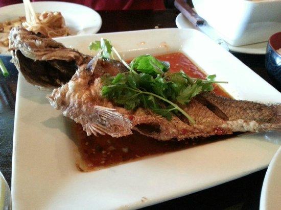 Rambutan Thai: Three Flavored Whole Fish