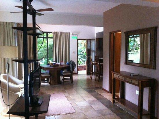 Iguazu Jungle Lodge: Comedor