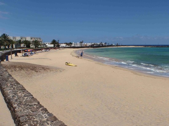 HD Beach Resort : Plage face à l'hötel