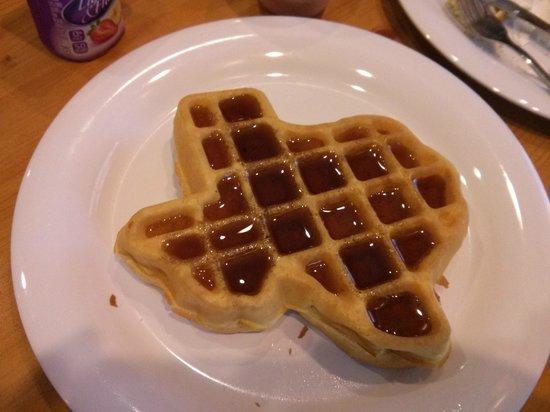 Crockett Hotel: Breakfast waffle
