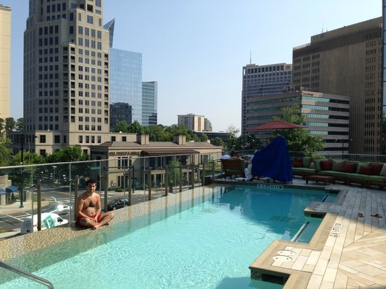 W Atlanta - Buckhead: Pool view