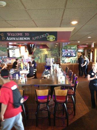 Applebee's: bar area
