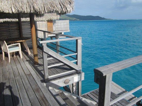 Four Seasons Resort Bora Bora: UWB