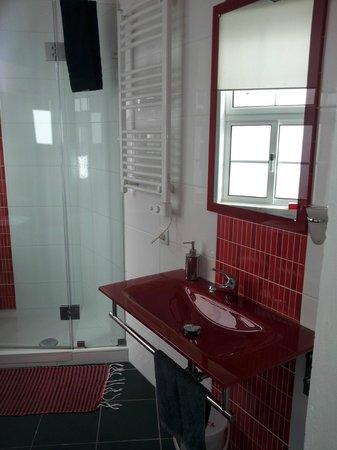 Casa Pombal: Shared bath