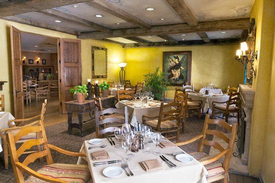 Cervantes Bistro at Royal Palms Resort