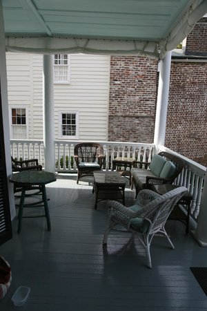 15 Church Street Bed & Breakfast - Phillips-Yates-Snowden House: Best seat in the house