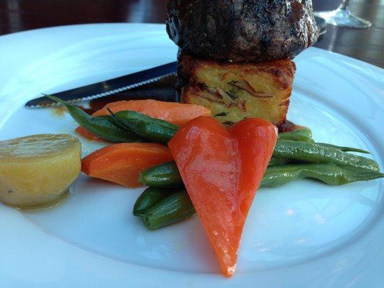 Timber Room Bar & Grill: Beef Tenderloin