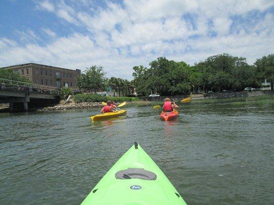 Beaufort Kayak Tours: Historical Beaufort Kayak Tour