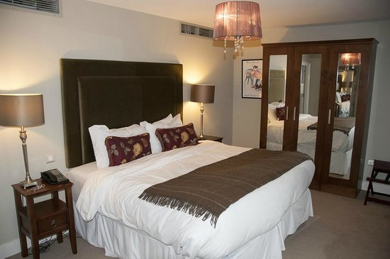 No. 1 Pery Square Hotel & Spa: Townhouse Suite 2
