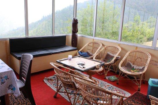 Devi Darshan Lodge : Indoor games